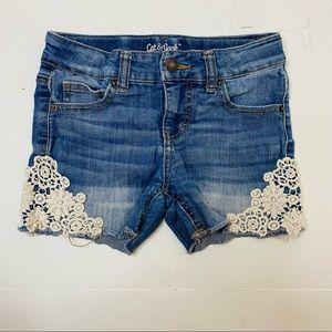Cat & Jack Girls'Side Lace Jean Shorts Sz: M